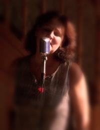 dawn-camilli-singer